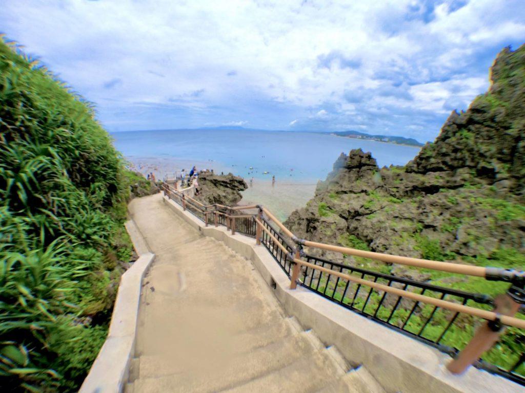 真栄田岬の階段