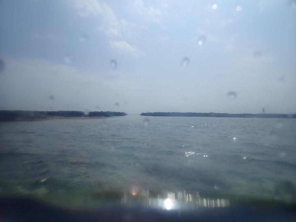 海から見た水路